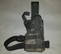 #1 UCP molle Style Universal 92F Holster - Eagle Industries 1.jpg